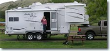 Arctic Fox 5th Wheel RV Trailer